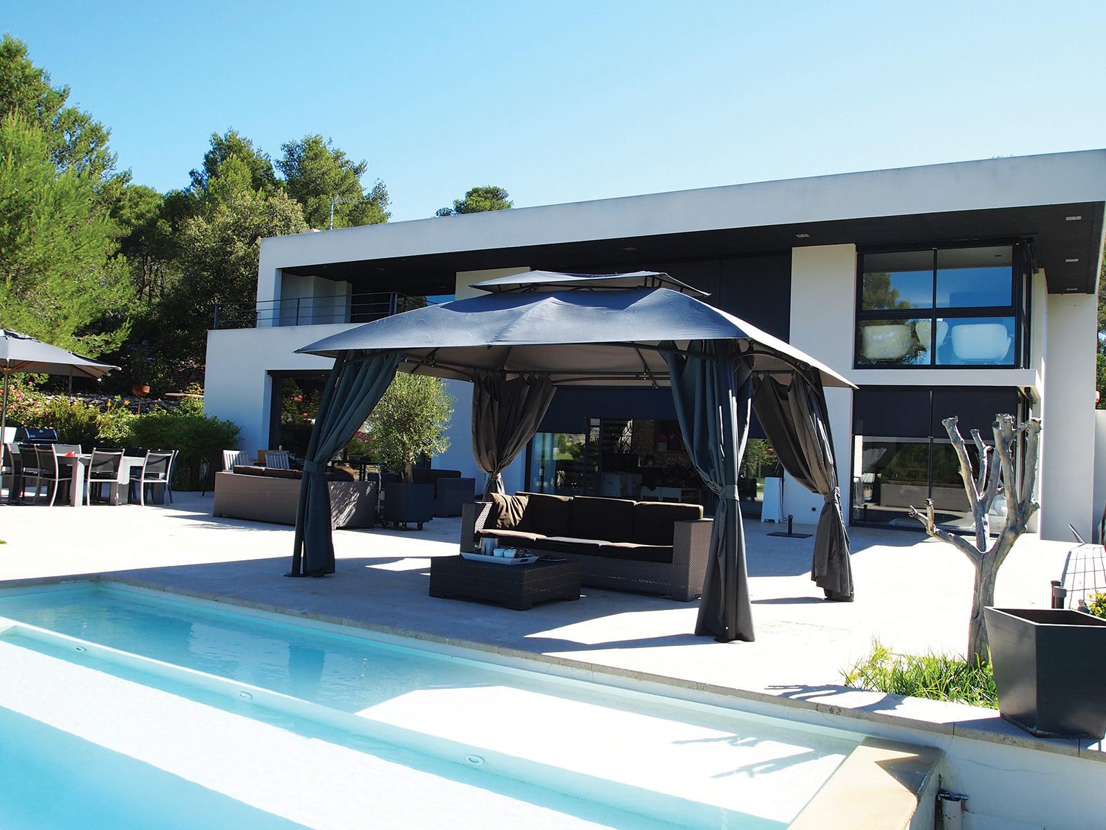 design de tonnelles et pergolas emilie peyrille paysagsite. Black Bedroom Furniture Sets. Home Design Ideas